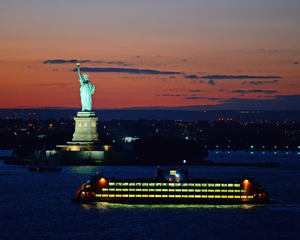 Places you must to visit in staten island 440 car for Places to see in nyc at night